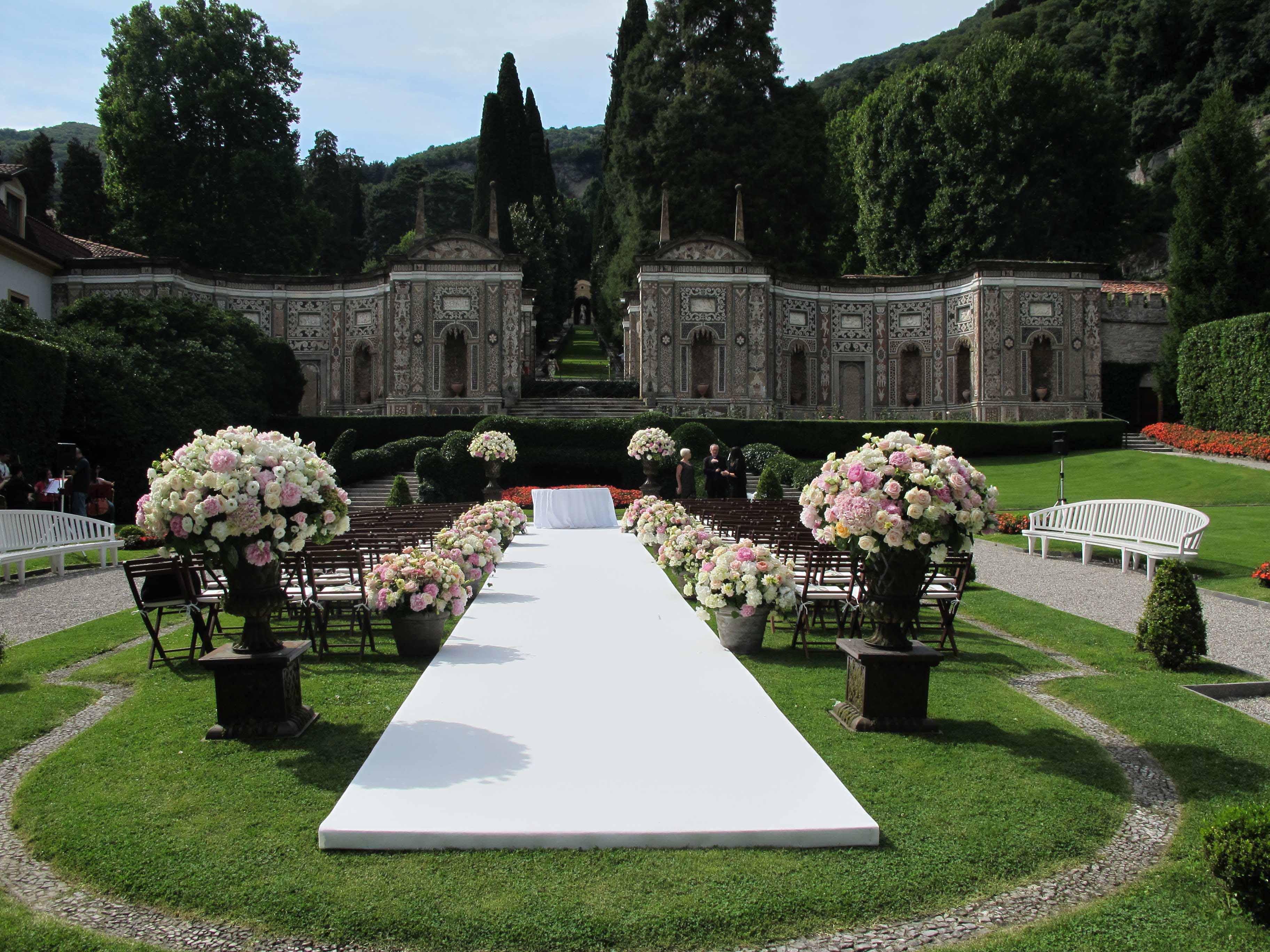 A small wedding at Lake Como, Italy   News From Mark's Garden