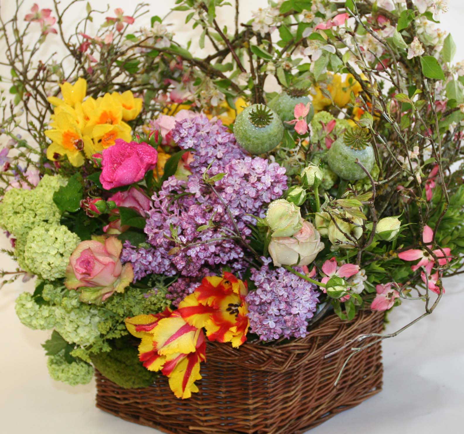 Spring is gorgeous for mother s day news from mark 39 s garden for Garden arrangement